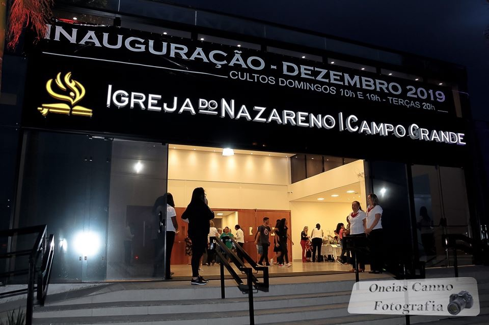 DEDICATING A NEW STANCTUARY IN THE CAMPO GRANDE CHURCH OF THE NAZARENE